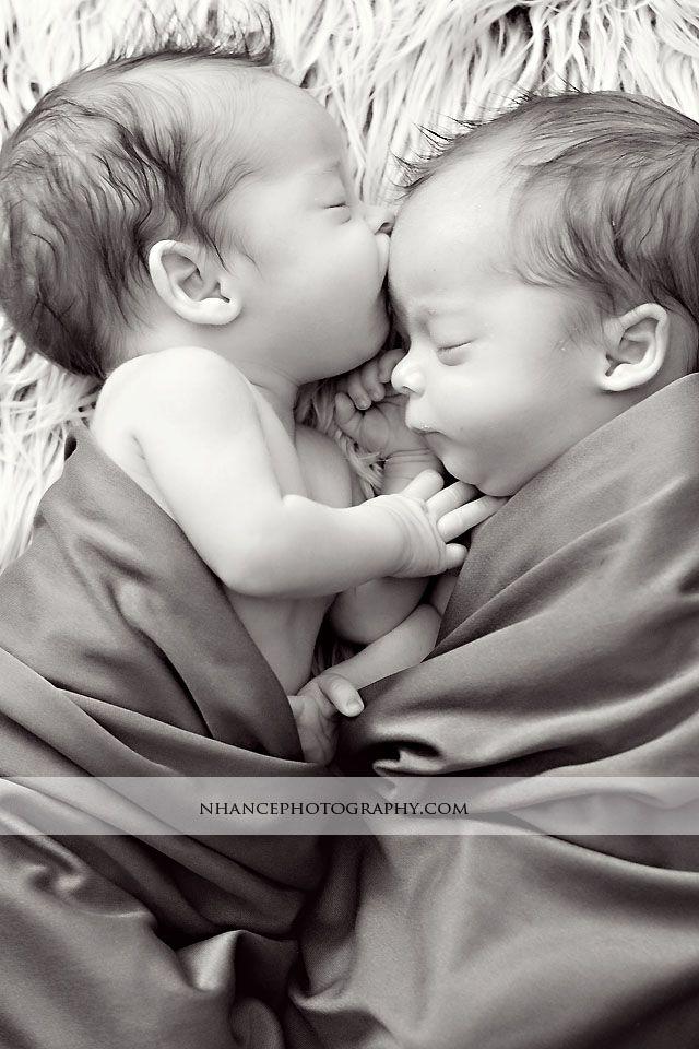 Gemelos recién nacidos