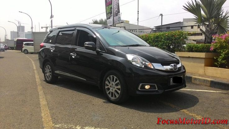 Honda Mobilio E Prestige AT Hitam 2014   bln 6 Km 33rb Record Tgn1drbrperorangan.  Airbags.  Eco.Ac double.  Electric mirror.  Foglamp.  Sarungjok.  Talangair.  Harga Termurah di : OTR 162JT   Hubungi Team FOCUS Motor:  (Chatting/Message not recommended )  Regina 0888.8019.102 Rendy 08128.1812.926