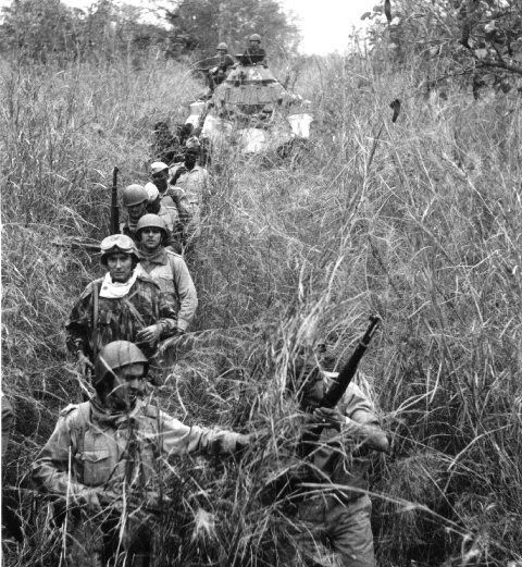 Portuguese soldiers on Patrol in Angola - Colonial War 1961