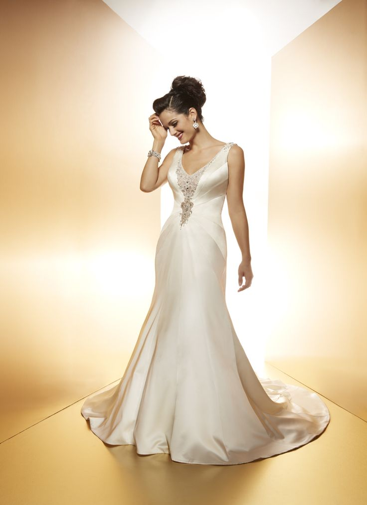 matthew christopher gowns are so beautiful they make me want to get divorced and remarried again and again so I can wear them all