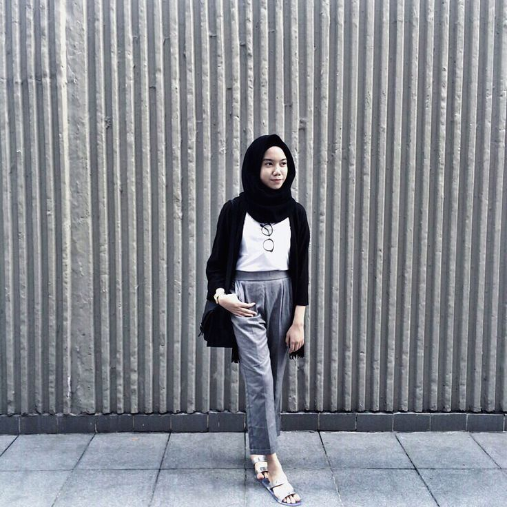 Be Simple But Looks Stylish Hijab Hipster by KayNiss
