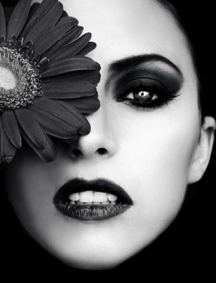 Black and white my favorite photo · best makeup