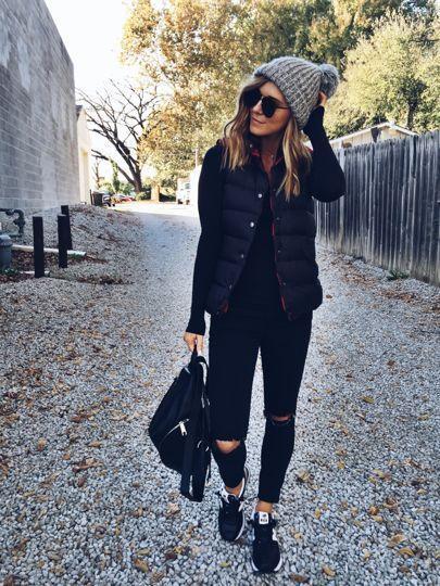 How to Accessorize a Black Dress #luxuryjewelry #vestswomens