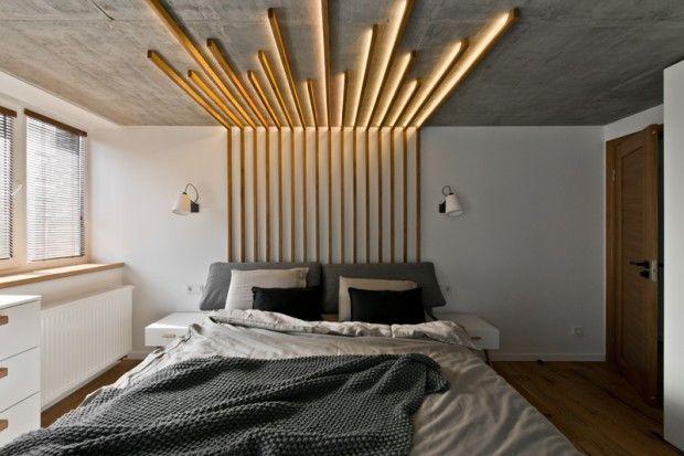 L'architecte d'intérieur lituanienne Indre Sunklodiene, fondatrice du studio INARCH, est à l'origine de cette idée simple mais très graphique, faite à base de bois.  Ce dispositif décoratif en bois au dessus du lit sert de point focal dans la chambre mais également d'éclairage. Simple et efficace, une idée à reproduire pour chez soi !