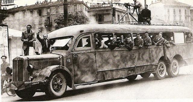 Vecchia Milano - Porta Romana 25 aprile 1945
