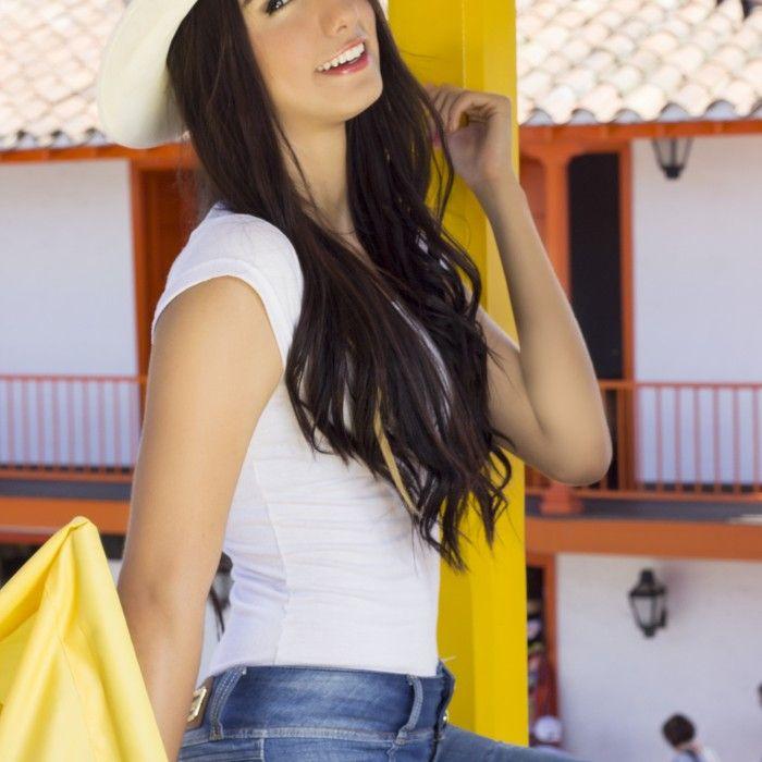Carolina Pico Rios- Montañera Cutie   Colombian Cuties  #ColombianModels