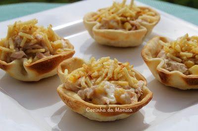 COZINHA DA MONICA: Tortinha de atum com massa de pastel (assadas)