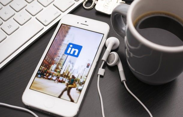 5 Tricks to Stand Out on LinkedIn