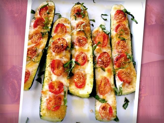 calabazitas con queso gratinado.  Una botana o guarnición deliciosa y baja en calorías.