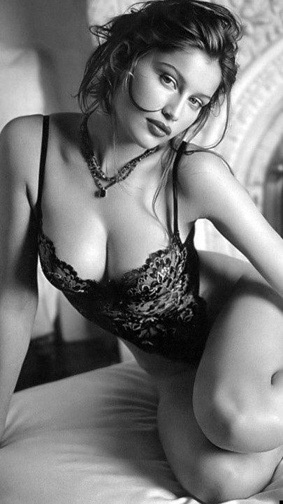 @phanton2035 #woman #love #inspiration #lingerie #Laetitia Casta