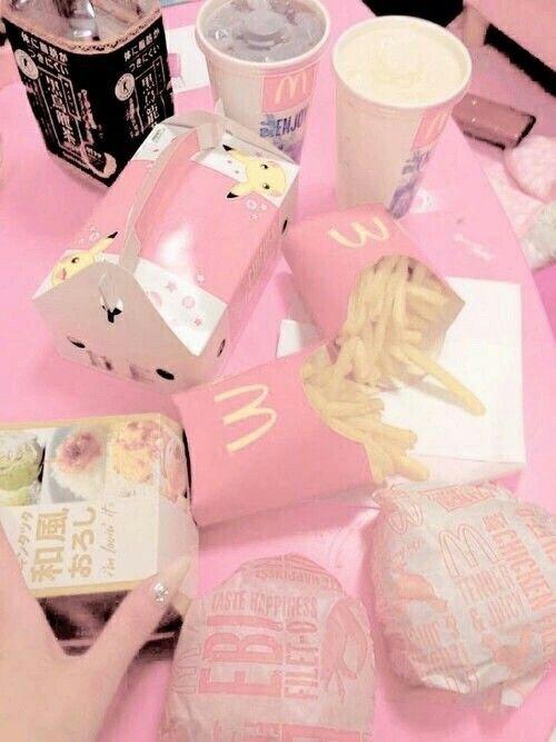 Imagem de pink, food, and McDonalds
