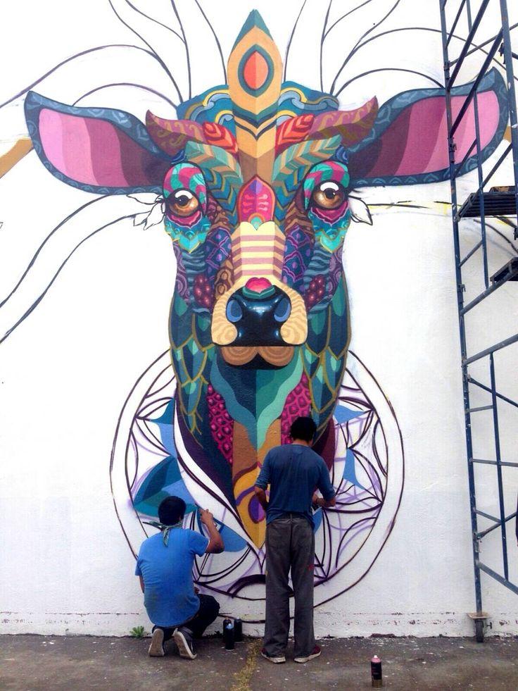 Plateia.co #ValoralaDiversidad #CreatividadsinLimites #PlateiaColombia #artecallejero #streetart Farid Rueda (2015) - Uruapan (Mexico)