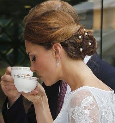 DIY elegant Chanel pearl hairpins // Elegáns Tekla gyöngyös Chanel hajtűk egyszerűen házilag  // Mindy - craft tutorial collection