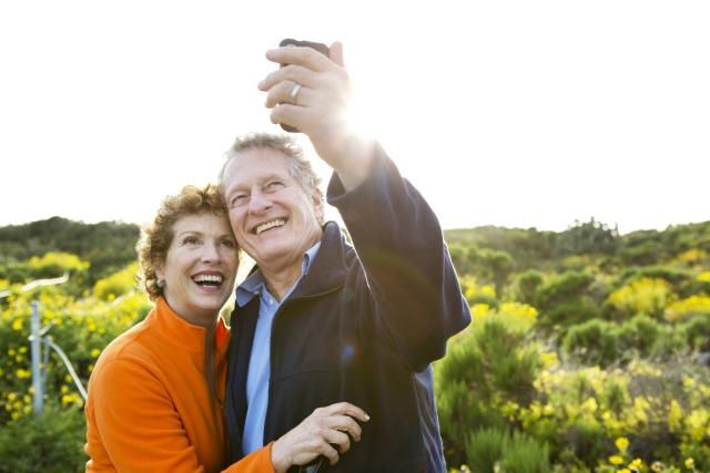 Deciding when to retire is scary. This retirement guide is sure to help - it covers the essentials from ages 50 - 70.
