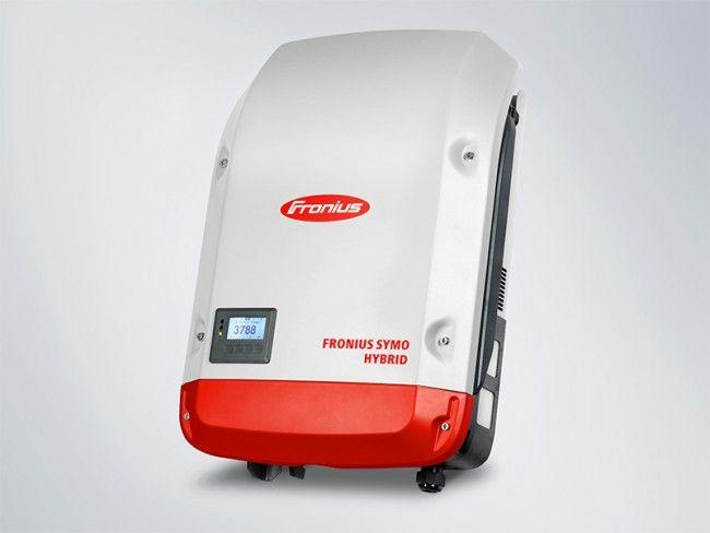 Fronius Hybrid växelriktare med batteribank