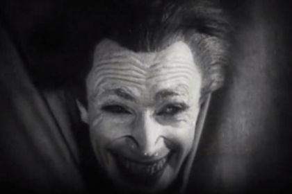 "http://ift.tt/2tdBP7r the original inspiration for Bob Kane and Bill Finger in creating Batman's The Joker was the charachter Gwynplaine played by Conrad Veidt in the 1928 movie ""The Man Who Laughs"""