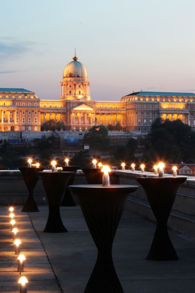 Amazing cocktail party at the rooftop of Sofitel Budapest Chain Bridge