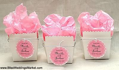 Plain noodle box with hand tied personalised label