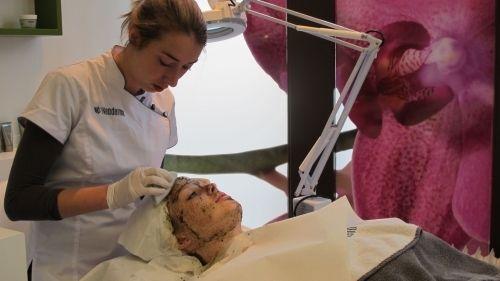 Report: Neoderma Bio-Peeling