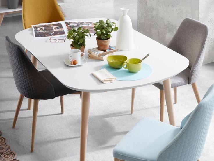 Spisebord modell OAKLAND stoler modell LARS🍎 Du finner produktene i nettbutikken😊 www.mirame.no  #spisestue #kjøkken #stue #gang #innredning #møbler #norskehjem #spisestue #mirame #pris  #interior #interiør #design #nordiskehjem #vakrehjem #nordiskdesign  #oslo #norge #norsk  #bilde #speilbilde #tre #metall #oakland #bestselger #lars