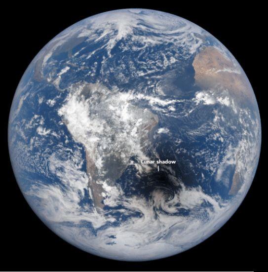 Jak vypadá zatmění Slunce na tváři Země? | Svět hardware