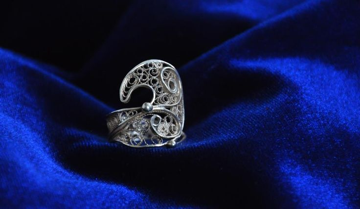 Traditional Silver Filigree Ring Traditional Silver Filigree www.silverfiligree.tumblr.com
