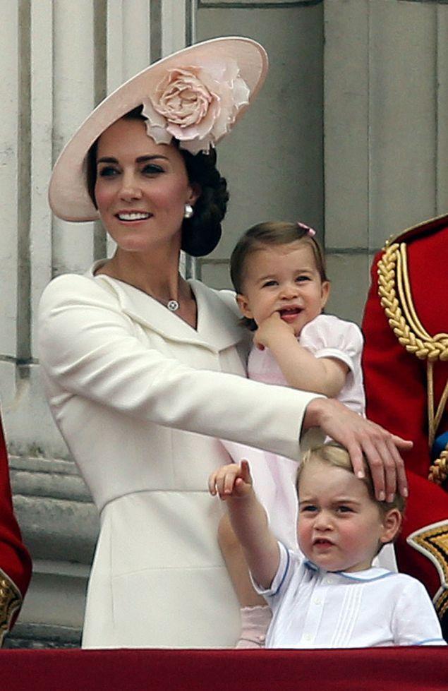 Pýcha kráľovskej rodiny: Princezná Charlotte a princ George sú naozaj rozkošné deti   Najmama.sk