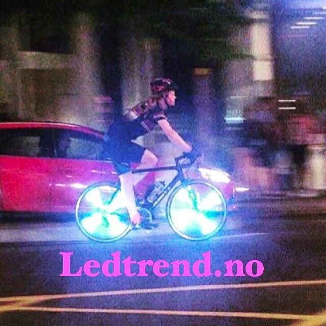 Vi har mange kule sykkelvarer hva med å laste opp ditt eget bilde/logo på sykkelhjulene dine?  #ledsekken #ledsykkelsekk #sekk #sekken #delveien #sykkel #sykkling #sykkelglede #sykkelioslo #sykkelnorge #sykkelbyen #sykkelby #sykkeltrening #syklingmedstil #sykkelmote #syklister #sykkelhjul #sykletiljobben #sykletiljobben2016 #sikkerhet #veivesenet #vegvesen #tur #turfolk #gave #mote