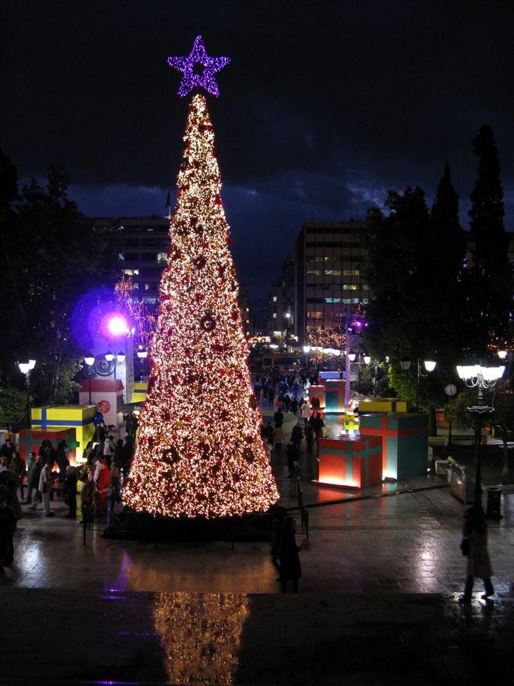 Christmas at Sintagma Square, Athens