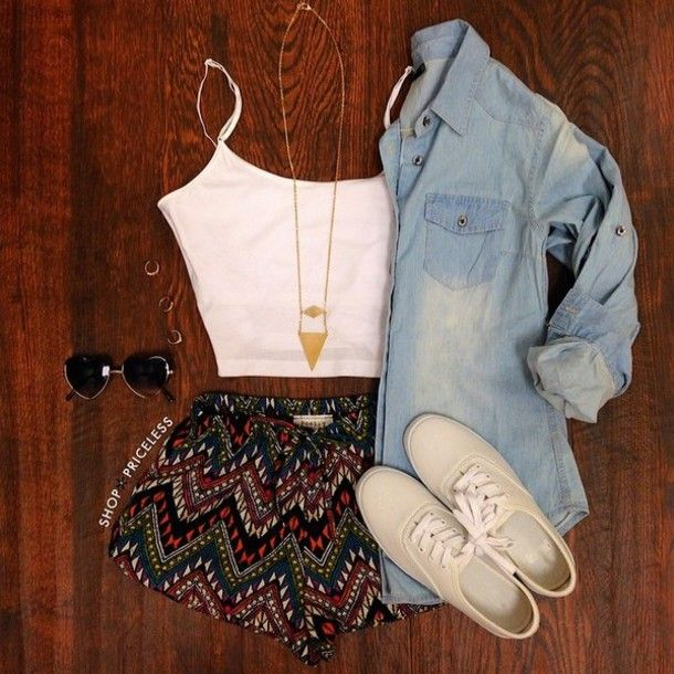 cardigan chambray shirt shorts tank top sunglasses denim shirt shirt shoes pattern flowy shorts dark colours zig zag printed shorts material shorts jacket colorated skirt high rise printed shorts top boho blouse aztec tribal shorts halter top
