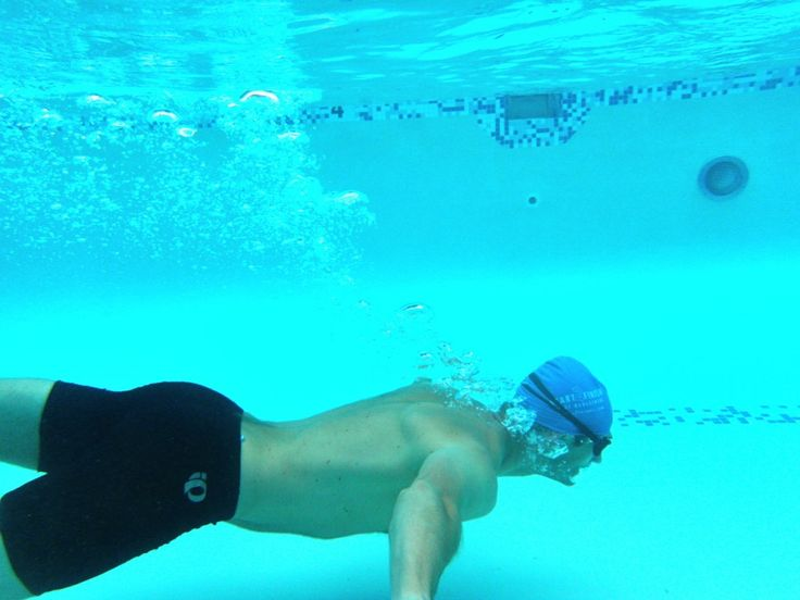 A great beginner triathlete swim drill that will help keep you calm in the water | TwoTri.com