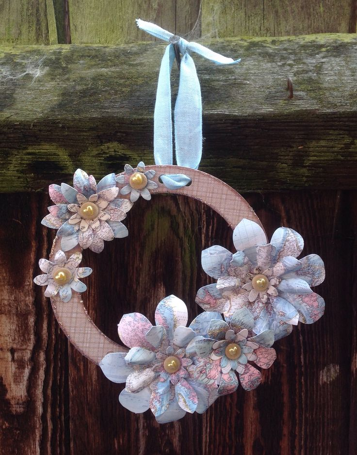 Wreath created using Blooming Lovely Wreath Kit - Traveller, made by Julie Hickey www.craftworkcards.com