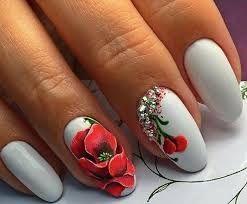 Картинки по запросу маникюр на овальные ногти