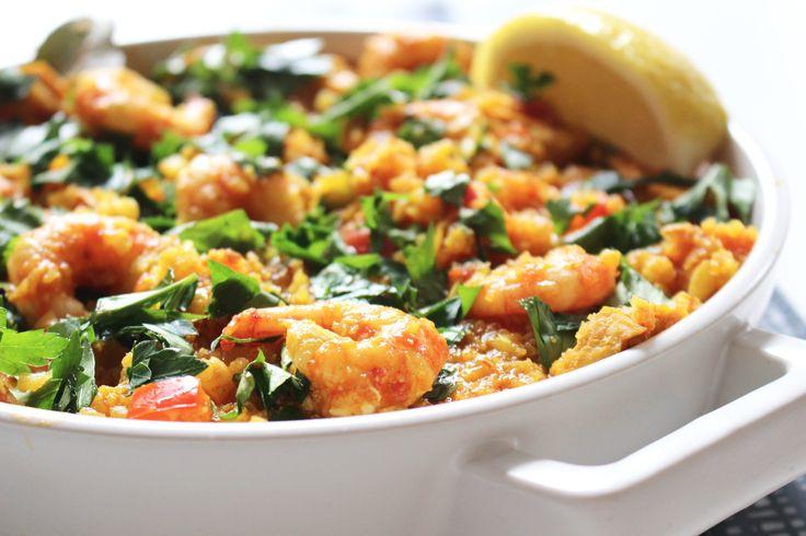 Paella på blomkålsris med räkor och kyckling - Uplifting - allt om god mat - recept, tips, restauranger, dryck
