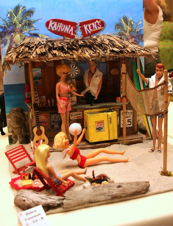 Fashion Doll Diorama Ideas | The detail these competitors go into is absolutely amazing!