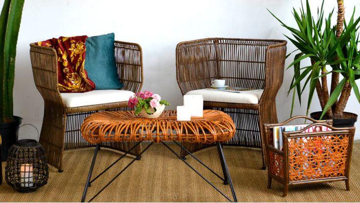 Em Alta: Fibra Natural  Móveis e Adornos que Você Não Viu    Com nuances de marrom, os móveis de fibra natural são ótimos complementos para os mais diversos tipos de decoração, pois conversam perfeitamente com as cores da natureza. Aqui, o tom rústico ganha um quê de elegância através dos móveis cheios de tramas com detalhes. Venha conhecer as cadeiras, mesas, poltronas e adornos que estão em alta nas áreas internas e externas.