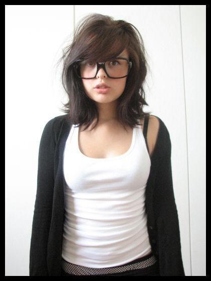 bahahaha her face.  but the haircut is fantastic.