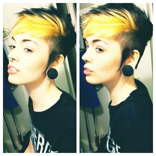Black and Yellow. ♥♥