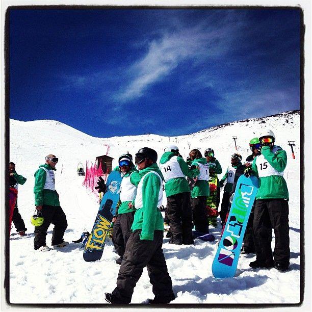 Esami di snowboard sull'Etna per i futuri Maestri del Collegio Sicilia