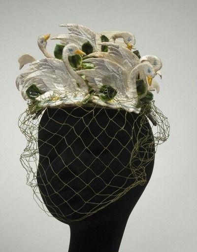 Bes-Ben swan hat ~ c. 1940's.