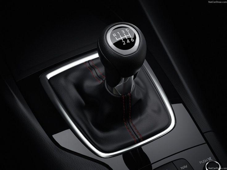 Le bras de vitesse de la Mazda3... vous choisissez automatique ou manuelle? http://www.lauriermazda.com/neuf/mazda3