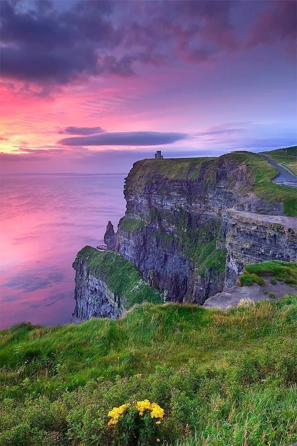 Doolin, O'Brien's Tower, Cliffs of Moher, Co. Clare, Ireland, Poule na brone dolmen, hags head, Ailwee caves, Lahinch beach, Bunratty Castle