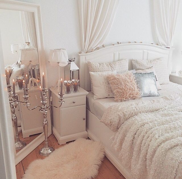 Gorgeous room! Love the ivory combination for a sleek, timeless look.
