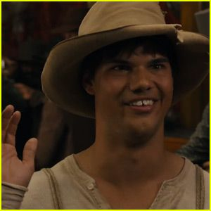 Taylor Lautner is Nearly Unrecognizable in First 'Ridiculous 6′ Trailer for Netflix – Watch Now!