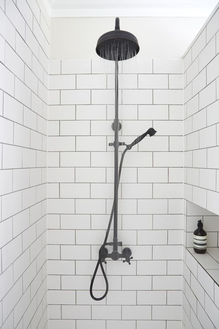Black and white bathroom subway tile - Love White Subway Tile With Gray Grout