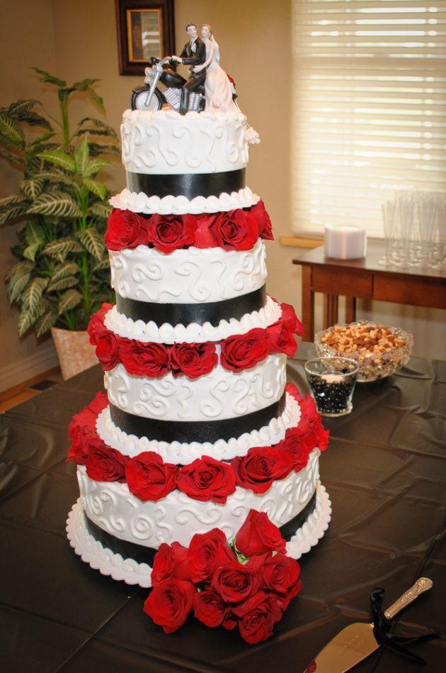 Black, White, And Red | 19 Wedding Cake Ideas | Milestone Imaging