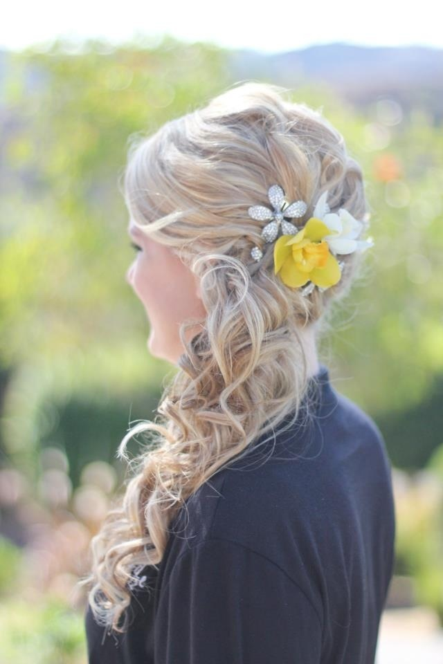 Wedding hairstyle: Blonde, loose messy curls, side ponytail. Created by Megan @ Salon 29 in Temecula