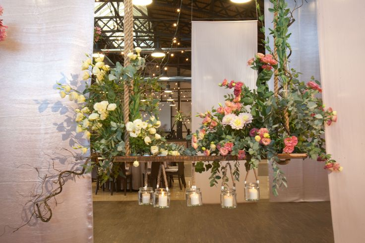 A Romantic Pastel Wedding in Cracow, Poland by artsize.pl
