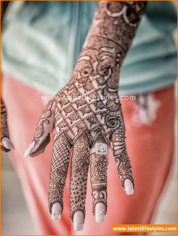 Wedding season is on full bloom. Check here New Bridal Mehndi Designs Collection 2016 for Brides. #mehndi #henna #tattoo