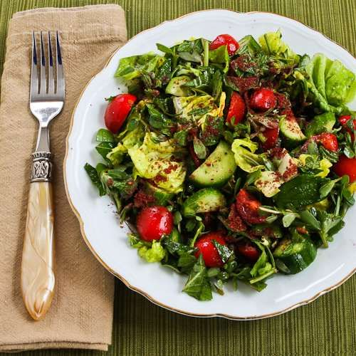 Mediterranean Lettuce Salad Recipe with Purslane, Mint, Tomatoes, Cucumbers, and Sumac-Lemon Vinaigrette - our CA EVOO would be great for this!